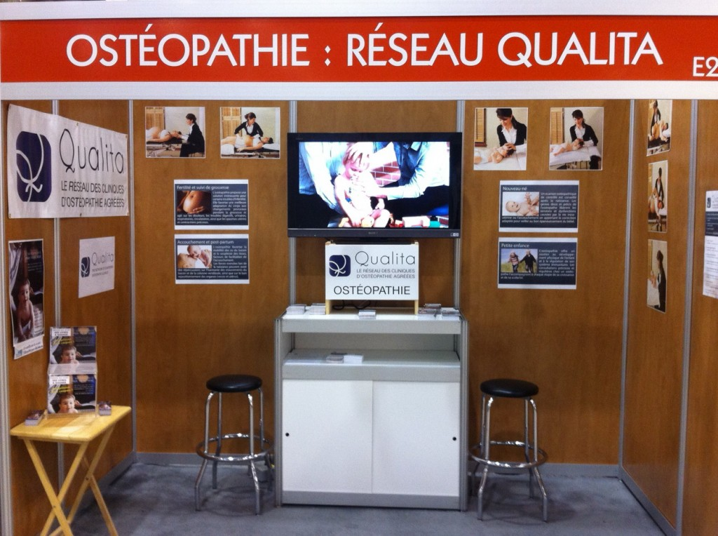 Ostéopathie: Kiosque Qualita au Salon Maternité paternité Enfants 2013