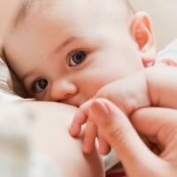 L'ostéopathie et les nouveau-nés présentant des troubles de succion